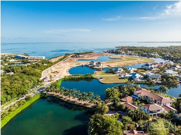 Houses, Condos, and Land for Sale in the Cayman Islands Which Is Right for You?