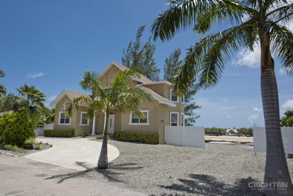 Maximizing the Attractiveness of Your Cayman Home to Ensure the Best Sale Value