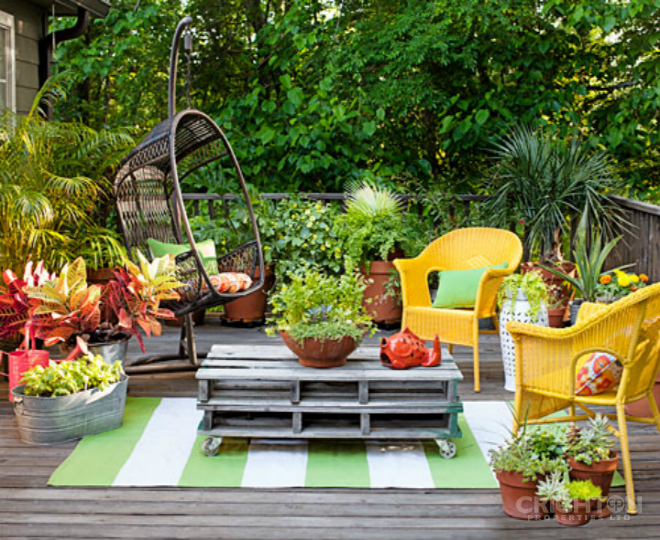 Decorating Your Home Garden without Spending a Fortune by Tammy Crighton-Buck