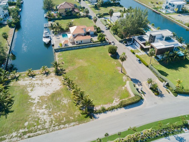 Crystal Harbour Canal Lot For Sale, 411082, West Bay Beach North Properties For Sale Property - Image 4
