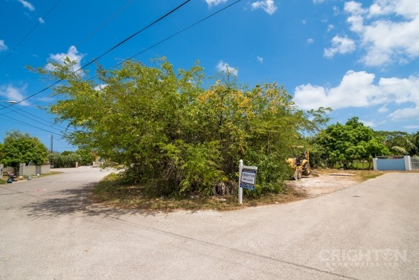Avilla Lot In West Bay - Image 5