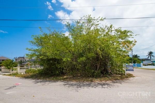Avilla Lot In West Bay - Image 4