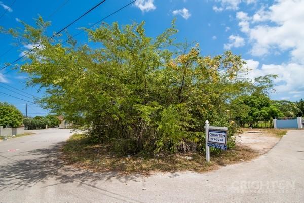 Avilla Lot In West Bay - Image 6