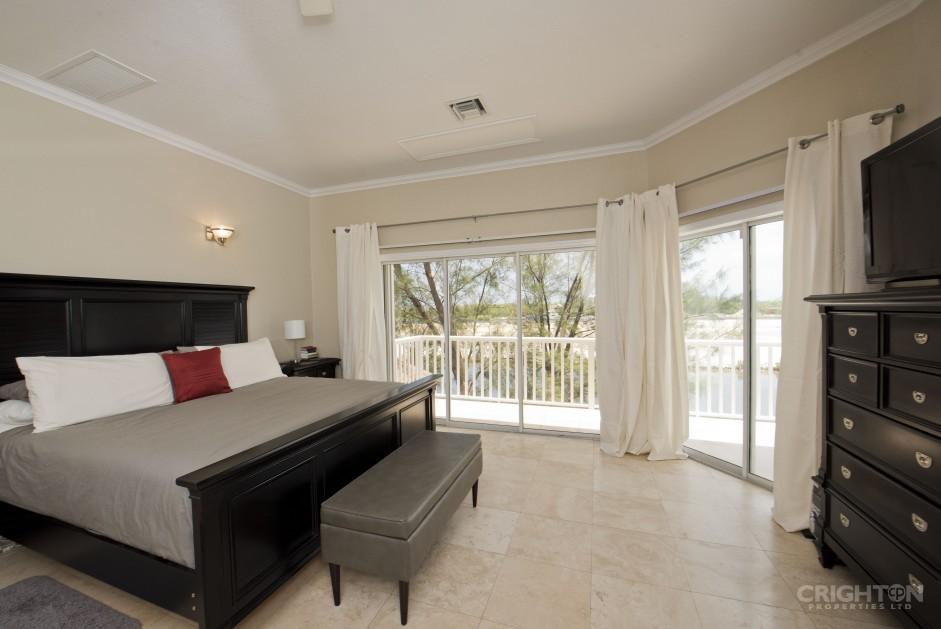 Bonnie View  Estates Canal Front Home - Image 7