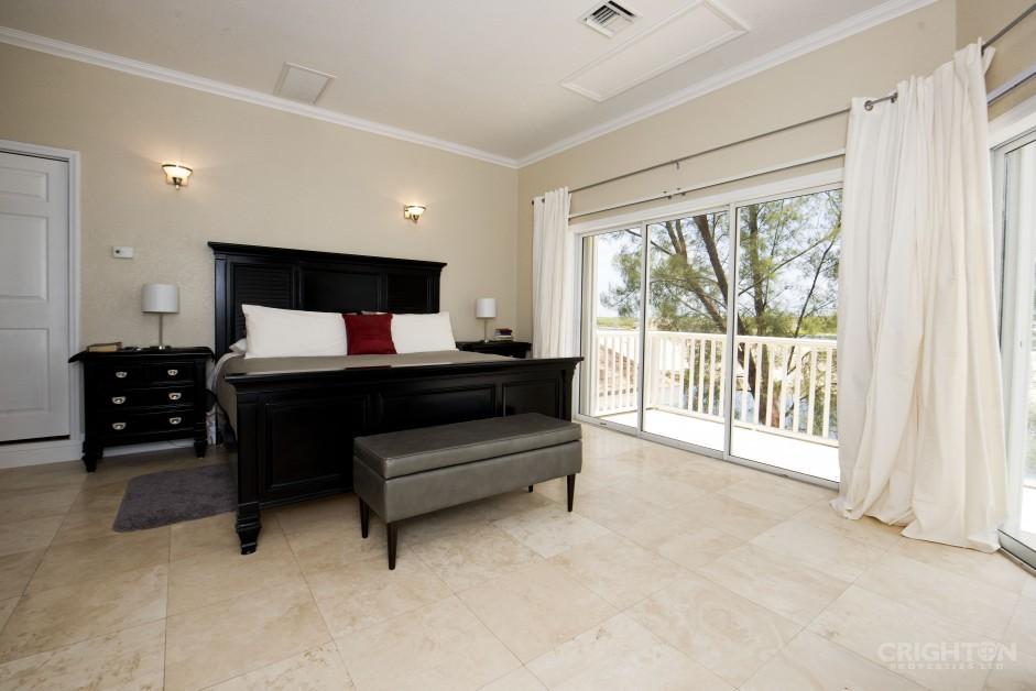 Bonnie View  Estates Canal Front Home - Image 6