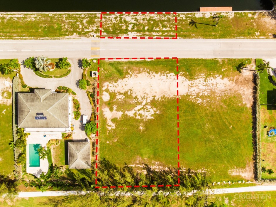 Crystal Harbour Canal / Golf Course Lot - Image 9