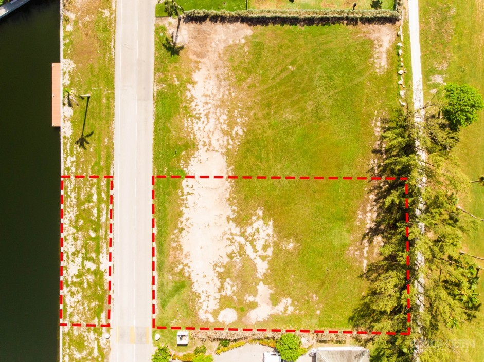 Crystal Harbour Canal / Golf Course Lot - Image 8