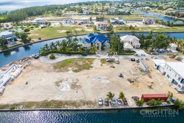 Crystal Harbour Water Front Lot - Image 7