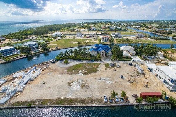 Crystal Harbour Water Front Lot - Image 4