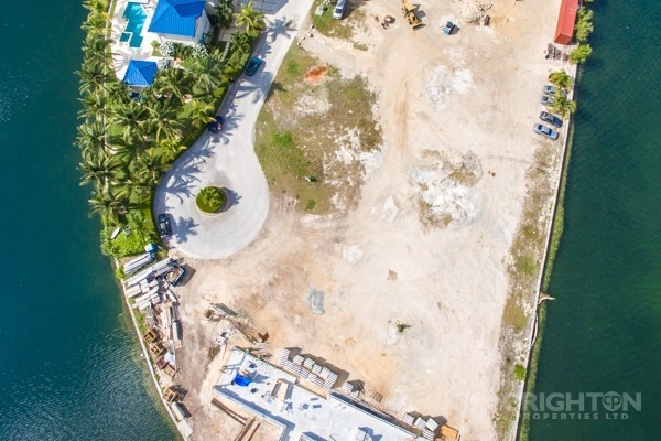 Crystal Harbour Water Front Lot - Image 9