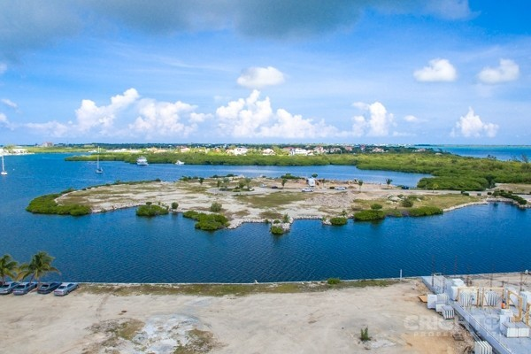 Crystal Harbour Water Front Lot