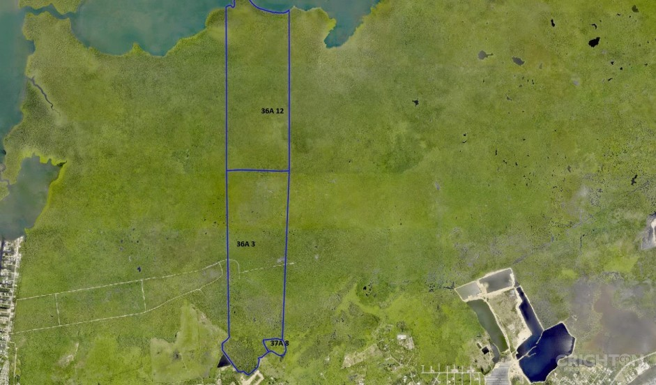 Duck Pond Water Front Acreage - Approx. 298 Acres - Image 1